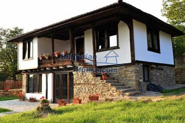 12383:45 - Lovely traditional Bulgarian house near two fishing lakes, Gabro
