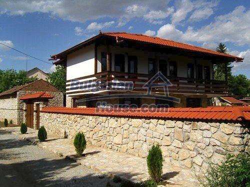 12409:3 - Traditional Bulgarian house near Veliko Tarnovo. Excellent price