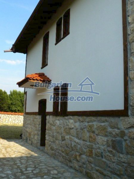 12409:6 - Traditional Bulgarian house near Veliko Tarnovo. Excellent price
