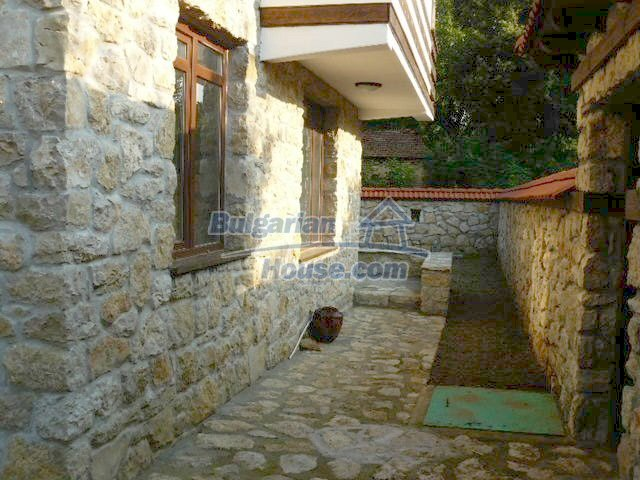 12409:9 - Traditional Bulgarian house near Veliko Tarnovo. Excellent price