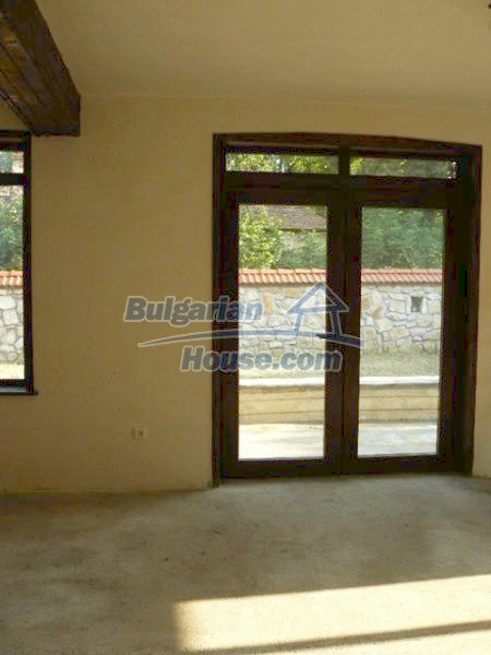 12409:18 - Traditional Bulgarian house near Veliko Tarnovo. Excellent price