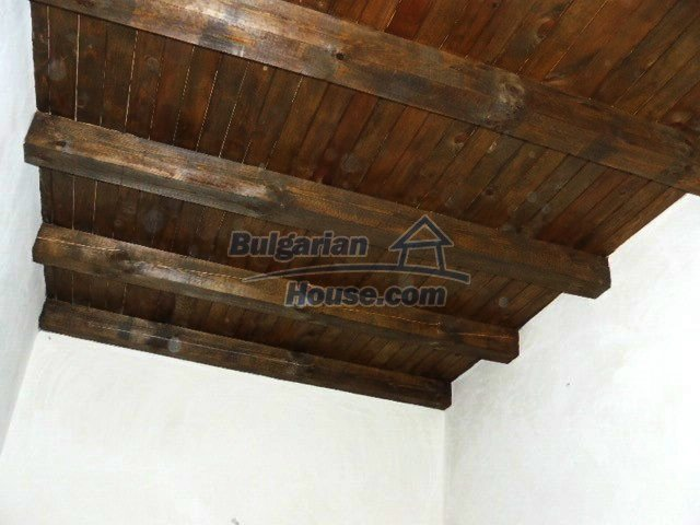 12409:19 - Traditional Bulgarian house near Veliko Tarnovo. Excellent price