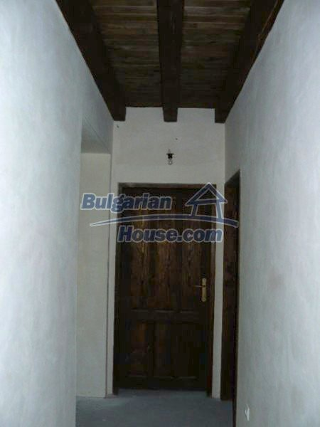 12409:27 - Traditional Bulgarian house near Veliko Tarnovo. Excellent price