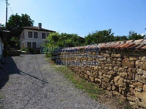 12415:3 - Traditional renovated Bulgarian house with 3000sq.m of land