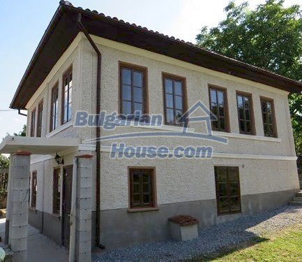 12415:5 - Traditional renovated Bulgarian house with 3000sq.m of land
