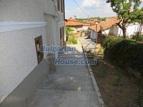 12415:13 - Traditional renovated Bulgarian house with 3000sq.m of land