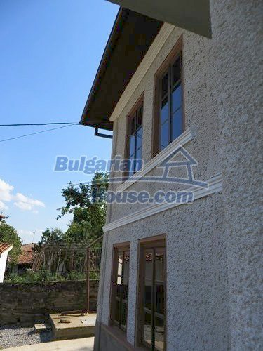 12415:14 - Traditional renovated Bulgarian house with 3000sq.m of land