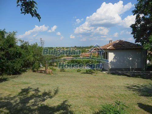 12415:8 - Traditional renovated Bulgarian house with 3000sq.m of land