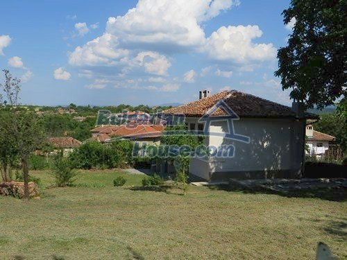 12415:9 - Traditional renovated Bulgarian house with 3000sq.m of land