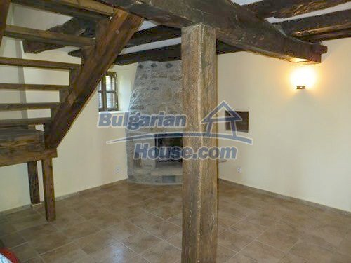 12415:18 - Traditional renovated Bulgarian house with 3000sq.m of land