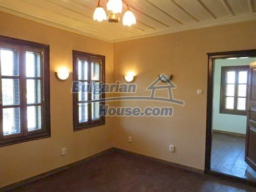 12415:24 - Traditional renovated Bulgarian house with 3000sq.m of land