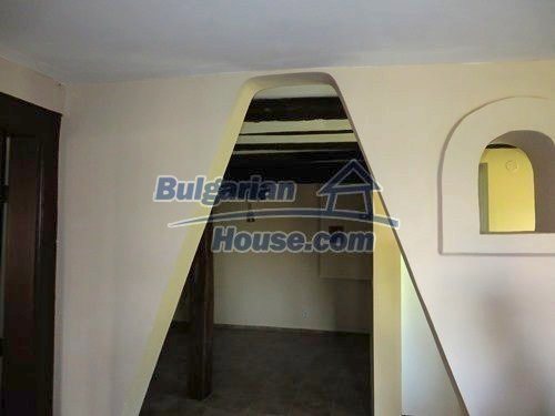 12415:29 - Traditional renovated Bulgarian house with 3000sq.m of land