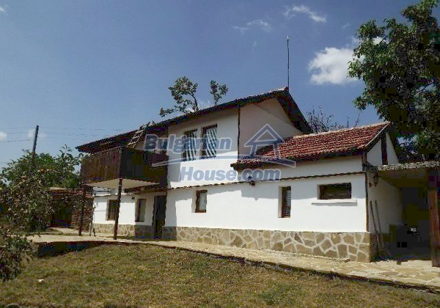 12418:1 - Cozy renovated Bulgarian house, currently working as a guest hou