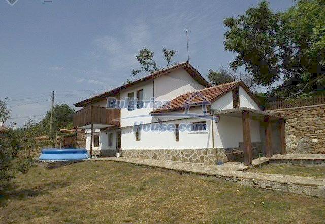12418:2 - Cozy renovated Bulgarian house, currently working as a guest hou