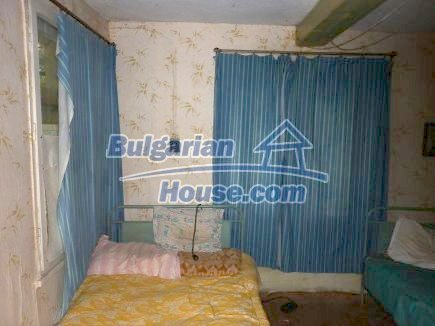 12464:12 - Bulgarian house for sale in Vratsa region, near river and forest