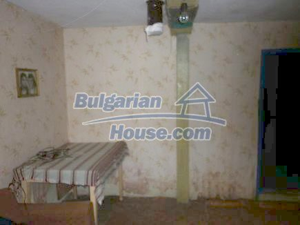 12464:13 - Bulgarian house for sale in Vratsa region, near river and forest