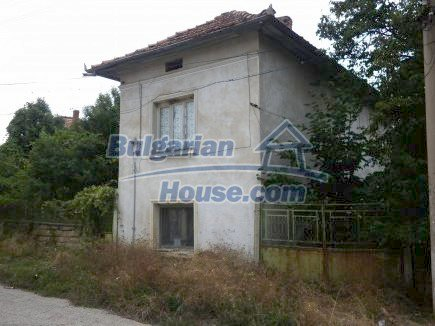 12464:6 - Bulgarian house for sale in Vratsa region, near river and forest