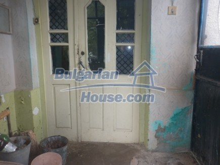12464:8 - Bulgarian house for sale in Vratsa region, near river and forest