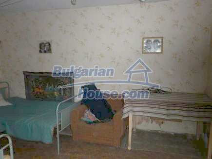 12464:16 - Bulgarian house for sale in Vratsa region, near river and forest