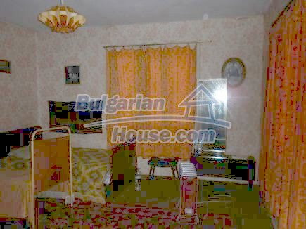 12464:19 - Bulgarian house for sale in Vratsa region, near river and forest