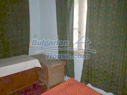 12464:21 - Bulgarian house for sale in Vratsa region, near river and forest