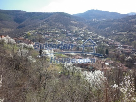 12471:25 - House in Vrtasa region, breathtaking mountain vies, near Mezdra
