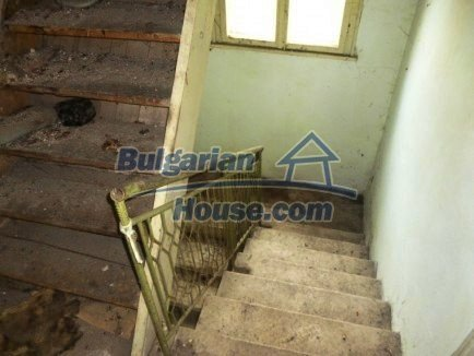 12483:12 - Rural Bulgarian real estate for sale 3km to Mezdra,Vratsa region
