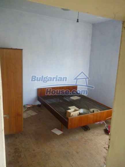 12483:9 - Rural Bulgarian real estate for sale 3km to Mezdra,Vratsa region