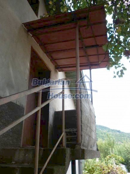 12495:14 - Property with great panoramic views 200m from a river, Vratsa