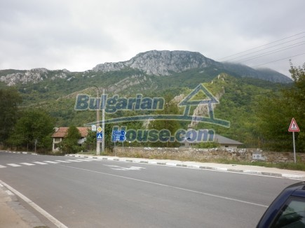 12495:32 - Property with great panoramic views 200m from a river, Vratsa