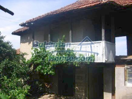 12496:2 - Two houses and three garages in one property for sale - Vratsa