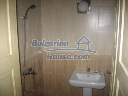 12496:9 - Two houses and three garages in one property for sale - Vratsa