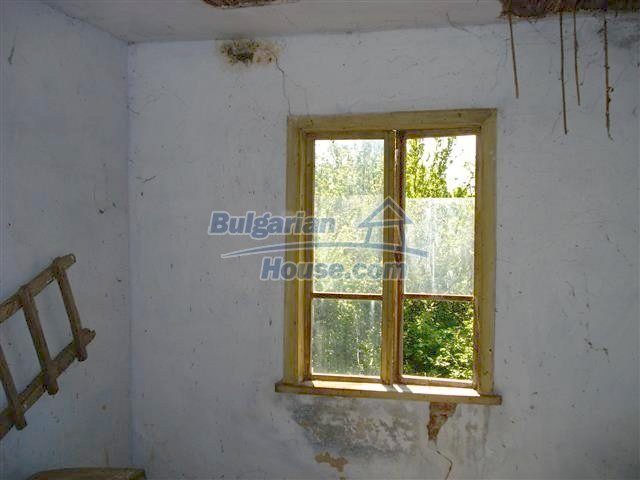12500:7 - House with huge garden 75km to Burgas and 25km to Elhovo