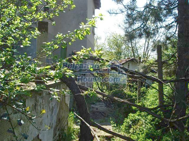 12500:11 - House with huge garden 75km to Burgas and 25km to Elhovo