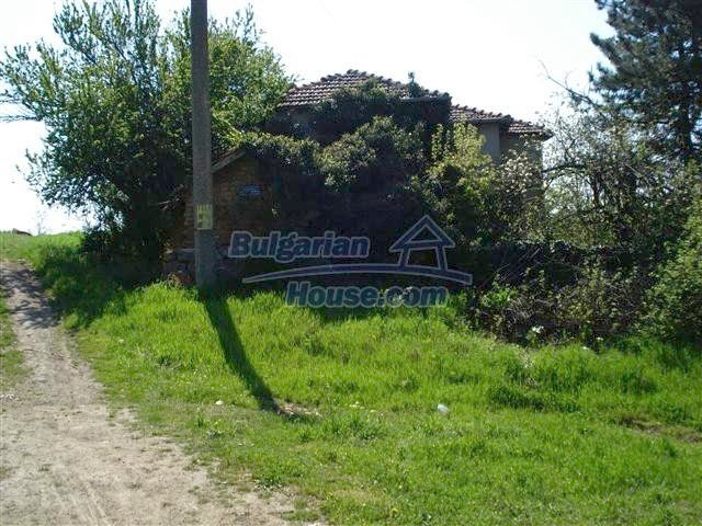 12500:18 - House with huge garden 75km to Burgas and 25km to Elhovo