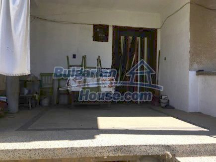 12509:2 - Bulgarian property 55km from Vratsa two garages and big land