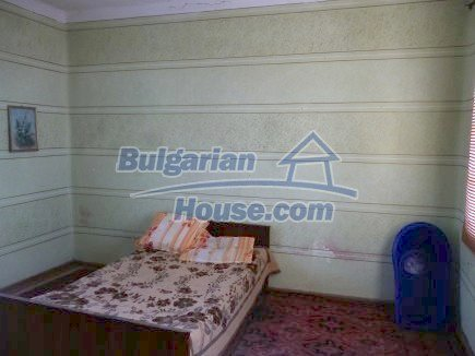 12512:15 - Rural Bulgarian house for sale 40km from Vratsa with vast garden