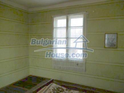 12512:16 - Rural Bulgarian house for sale 40km from Vratsa with vast garden