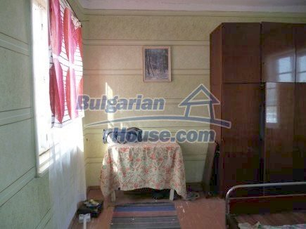 12512:18 - Rural Bulgarian house for sale 40km from Vratsa with vast garden