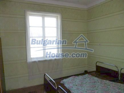 12512:21 - Rural Bulgarian house for sale 40km from Vratsa with vast garden