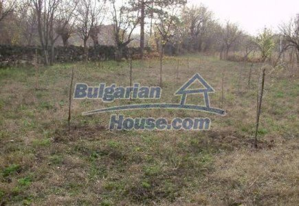 12515:12 - Cheap Bulgarian house in Vratsa region with 5500 sq.m. garden