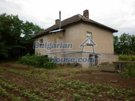 12518:1 - Rural Bulgarian house near river and big garden 4000 sq.m,Vratsa