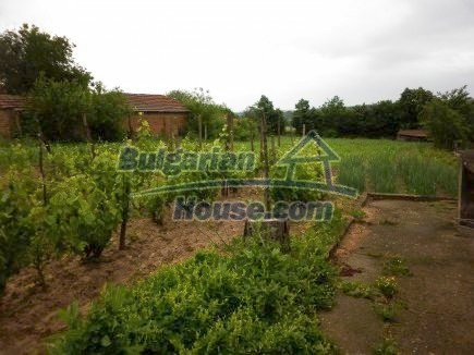 12518:13 - Rural Bulgarian house near river and big garden 4000 sq.m,Vratsa