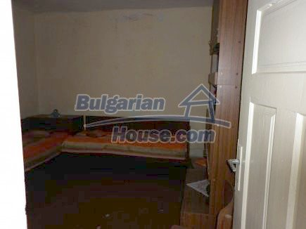 12518:18 - Rural Bulgarian house near river and big garden 4000 sq.m,Vratsa
