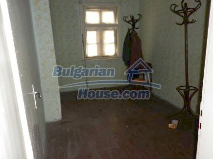 12518:19 - Rural Bulgarian house near river and big garden 4000 sq.m,Vratsa