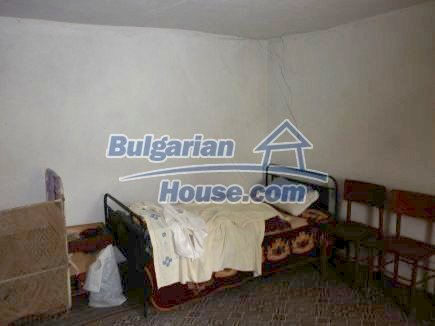 12518:4 - Rural Bulgarian house near river and big garden 4000 sq.m,Vratsa