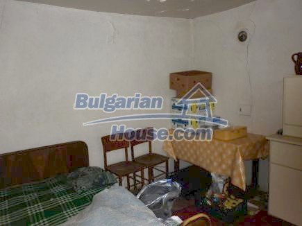 12518:5 - Rural Bulgarian house near river and big garden 4000 sq.m,Vratsa