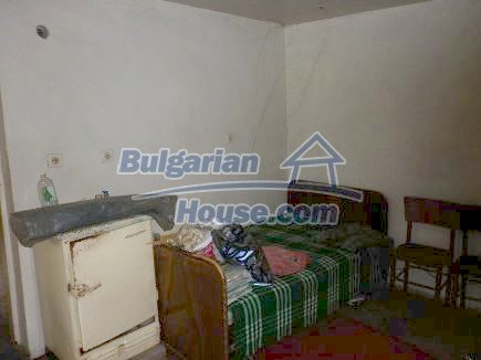 12518:6 - Rural Bulgarian house near river and big garden 4000 sq.m,Vratsa