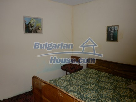 12518:25 - Rural Bulgarian house near river and big garden 4000 sq.m,Vratsa