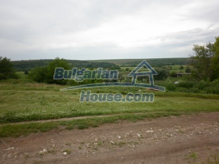 12518:27 - Rural Bulgarian house near river and big garden 4000 sq.m,Vratsa